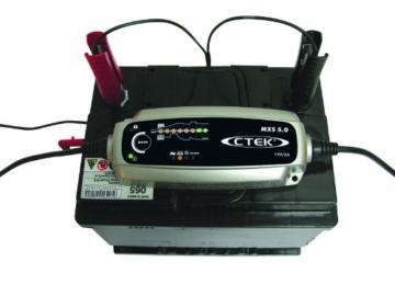 ctek mxs 5 0 autobatterie ladeger t kfz. Black Bedroom Furniture Sets. Home Design Ideas